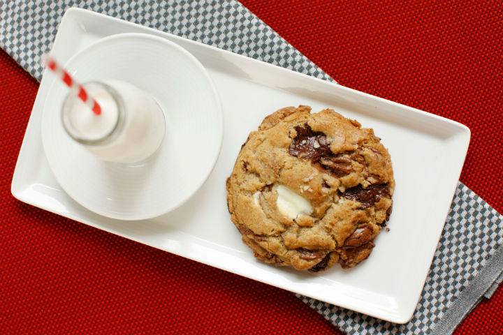 chocolate chip cookies dressed with Amagansett Sea Salt at Gramercy Tavern, NYC